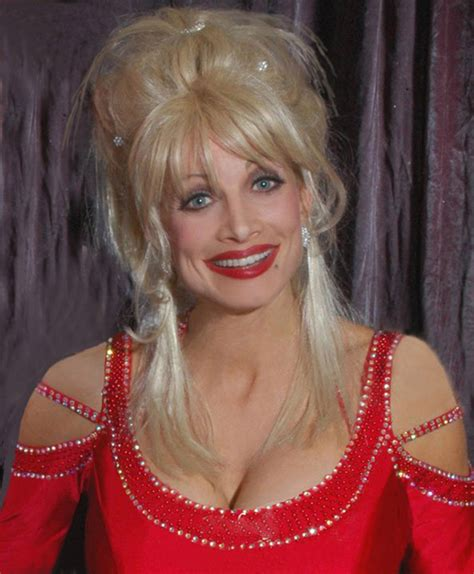 dolly parton impersonator crescent moon entertainment