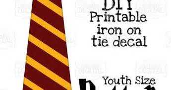 Harry Potter Tie Template by 1 Harry Potter Tie Gryffindor Crest And Gold Printable