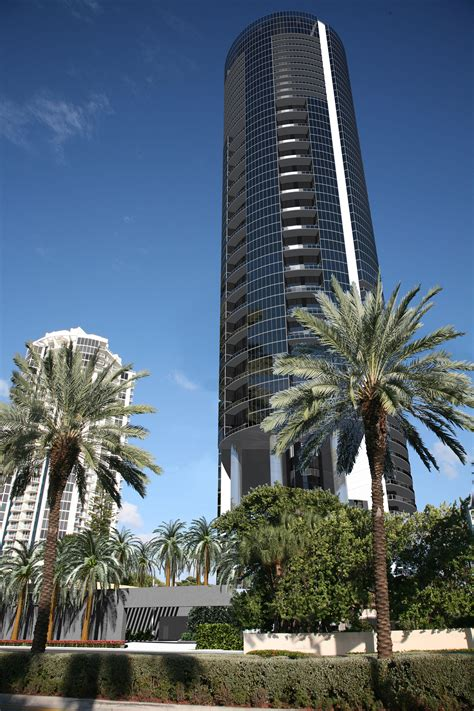 porsche tower miami porsche design tower for sale 18555 collins ave sunny