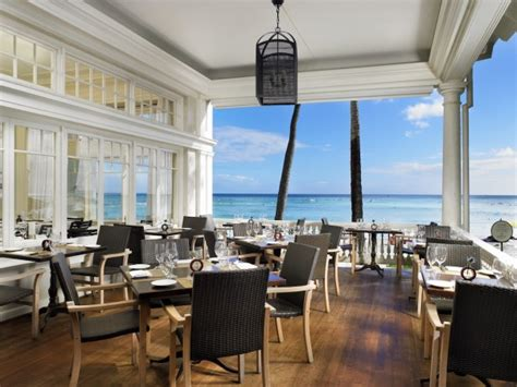 house moana surfrider finding wow moments in waikiki wander with