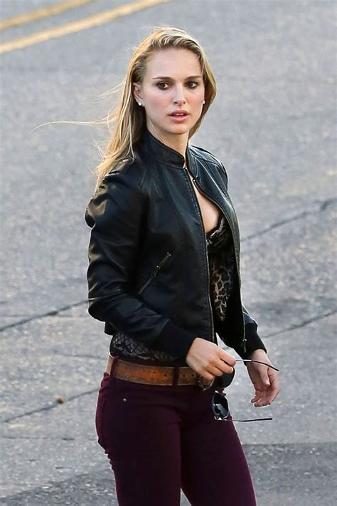 Natalie Set 2in One natalie portman in with leather jacket on the set of terrence malick s in