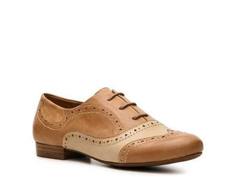 womens oxford shoes dsw crown vintage oxford oxfords lace ups s