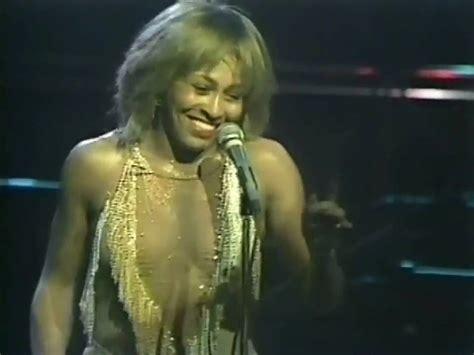 tina turner you tube tina turner proud mary live 1982 youtube