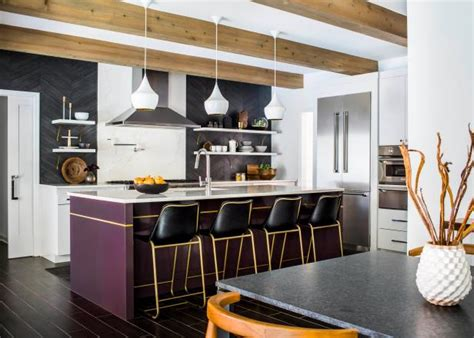 ways  decorate  prince purple hgtv