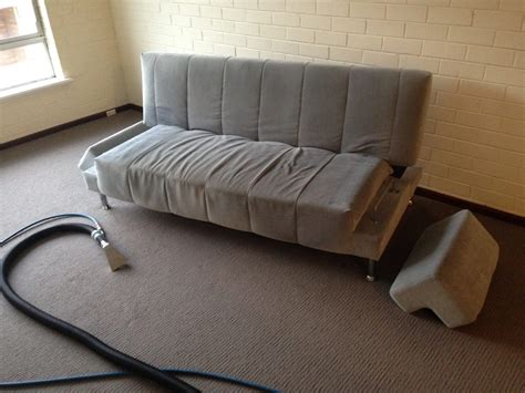 couch cleaner company sofa cleaning perth lounge cleaning perth m co cleaning