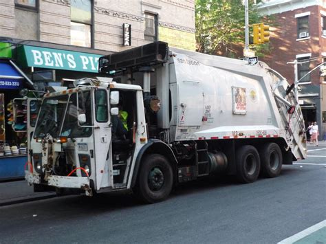 Drove The Garbage Truck the evolution of the garbage truck