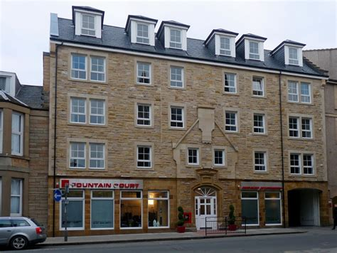 fountain court appartments panoramio photo of fountain court grove street apartments
