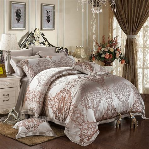 Master Bedding Sets Bedding Sets Variations For Different Master Bedrooms Yo2mo Home Ideas