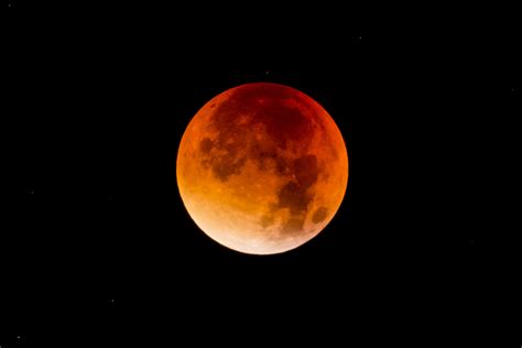 Moon Bloody Moon blue blood moon how to lunar event