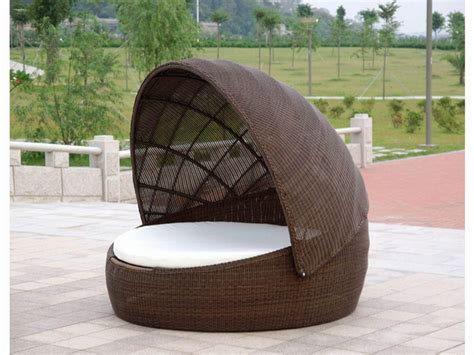 outdoor bed an elegantly luxurious outdoor daybed with canopy