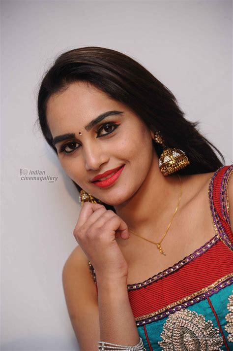 film heroine photos kannada roja kannada actress actress photos stills gallery