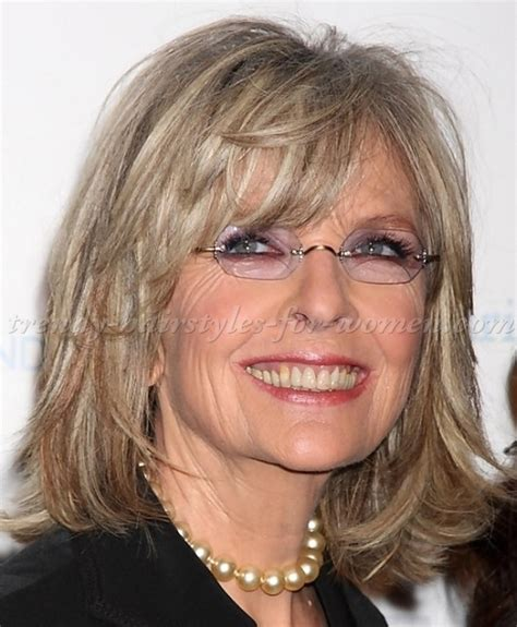 hairstyles for women with lots of wrinkles on forehead shoulder length hairstyles over 50 diane keaton shoulder