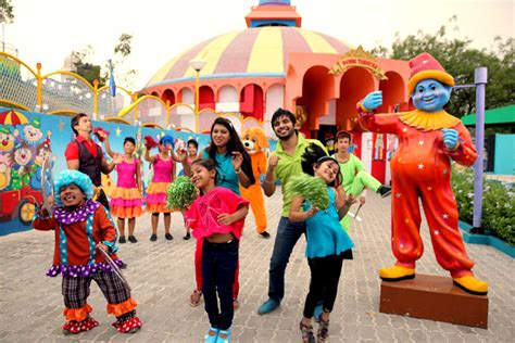 ramoji film city one day package amusement park in hyderabad one day hyderabad tourism