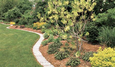 Best Mulch For Garden by The Best Mulch For Your Garden Rentals In Cleveland