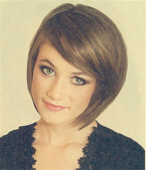 short bobs hairstyle with side swoop short bob with side bang quotes