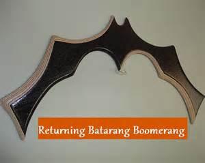 batman returning batarang boomerang