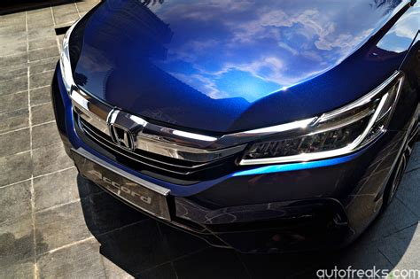 Blue Obsidian Top Cristal honda malaysia previews 2016 accord facelift in obsidian blue pearl autofreaks