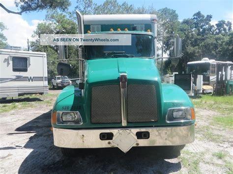kw box truck 2006 kenworth t300 tandem axle 24 box truck