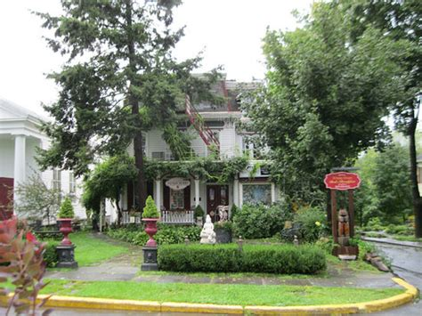 woodstock ny bed and breakfast village green bed and breakfast b b reviews deals