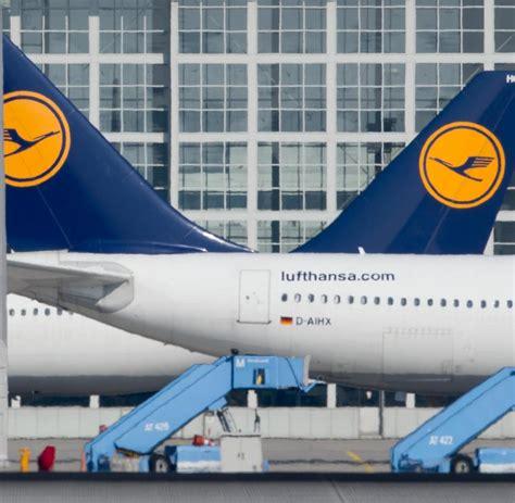 Lufthansa Flugbegleiter Wollen In Den Sommerferien