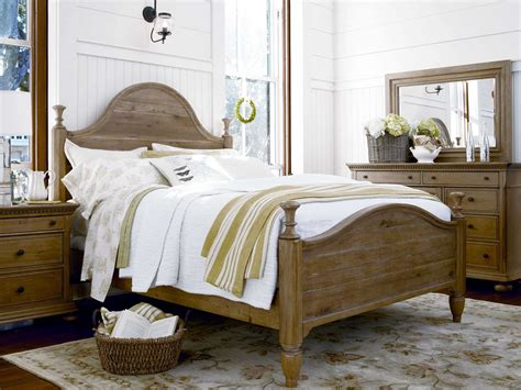 paula deen bedroom sets paula deen home down home oatmeal bedroom set pdh192280bset