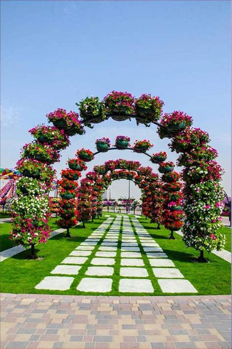 The Most Beautiful And Biggest Natural Flower Garden In Flower Garden In The World