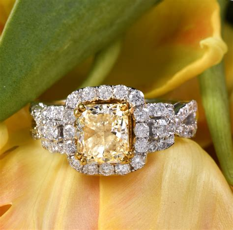 10 Tips For Ordering An Engagement Ring by Guide To Picking The Vintage Engagement Ring