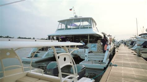 yacht party manila exclusive yacht party package in manila with mlc youtube