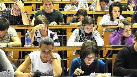scienze motorie torino test ingresso universit 224 assalto ai test gli iscritti sono 18 mila