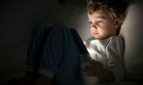 Is Before Bed Bad by Switch How Screen Time Before Bed Is Bad For