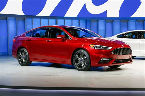 2017 ford fusion refreshed for detroit adds 325 hp v6