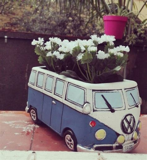 volkswagen  kombi samba bus retro vintage maceta flowers pot    raised bed frame