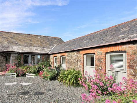 long cottage dog friendly cottage in port isaac