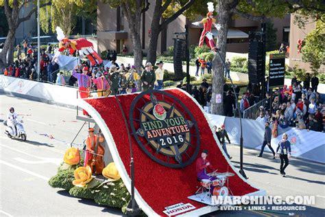 rose themed banner 2016 pasadena tournament of roses parade photos floats
