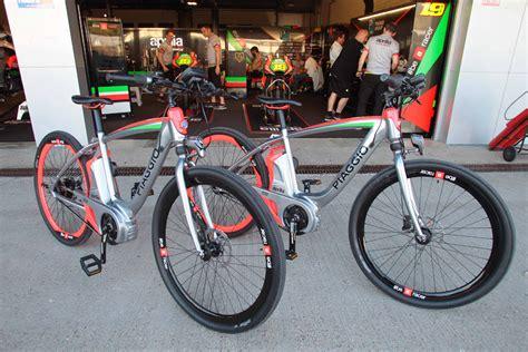 piaggio wi bike by aprilia racing