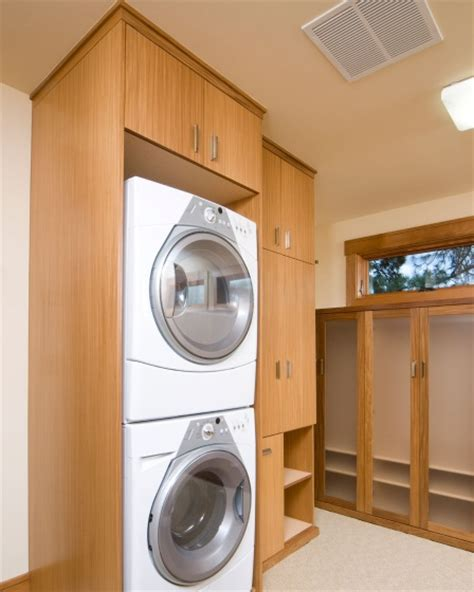 Custom Laundry Room Cabinets Custom Free Standing Utility Cabinets Laundry Room Home Interiors