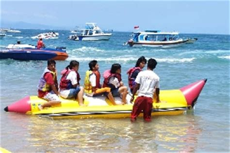 water scooter in goa banana boat rides in goa watersports packages ihpl