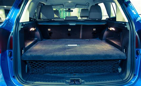 ford  max energi cargo space  cars performance