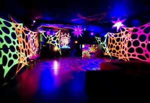 10 best images about black light decorating ideas for