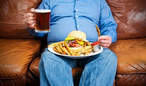 Eating junk food can damage your kidneys as much as