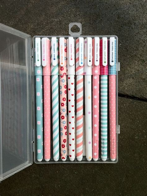 Happy Day Coloring Pen Pulpen Pena Tinta Warna Warni Merah Oren Pink perlengkapan stationery dengan design yang unik dan keren