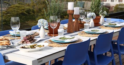 hosting a dinner party how to host a dinner party popsugar food
