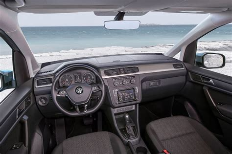 caddy interieur a look at the new vw caddy auto mart blog