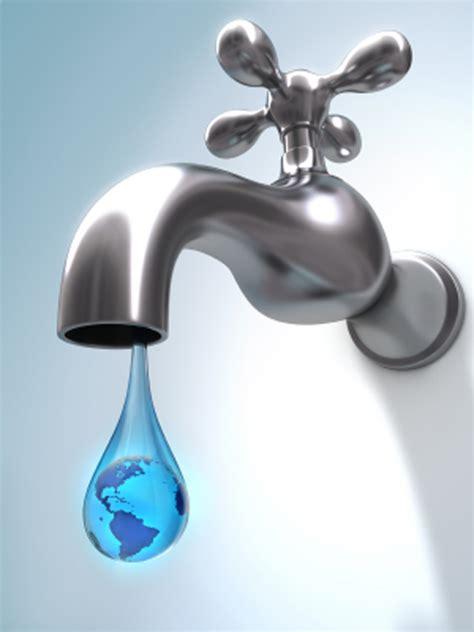 grifo de agua revista libre pensamiento agua en el grifo