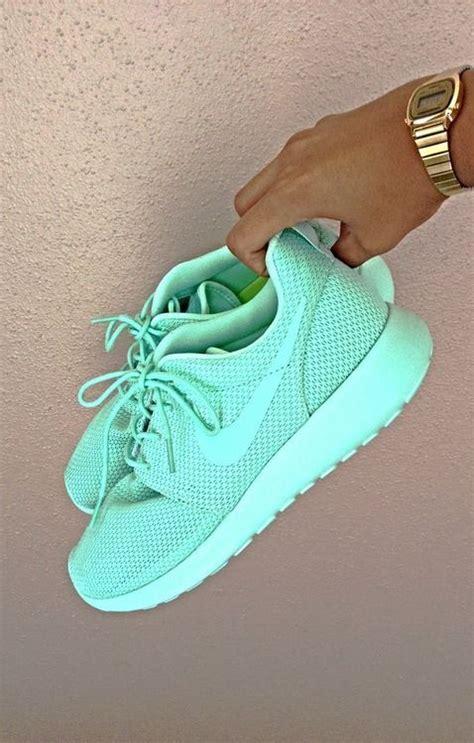 nike shoes picmia