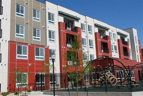 Apartments In Denver That Go By Income Income Based Apartments For Rent In Stapleton