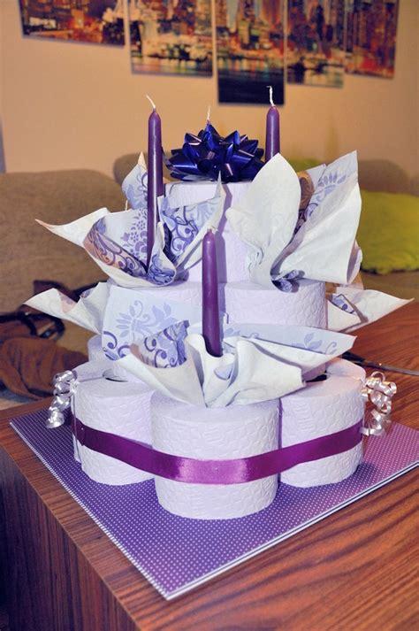 deko torte deko ideen torte aus toilettenpapier selber machen