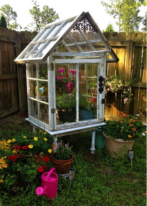 Greenhouse From Salvaged Windows Decor Diy How To Build A Miniature Greenhouse Using Salvaged Windows Gardens Pinterest