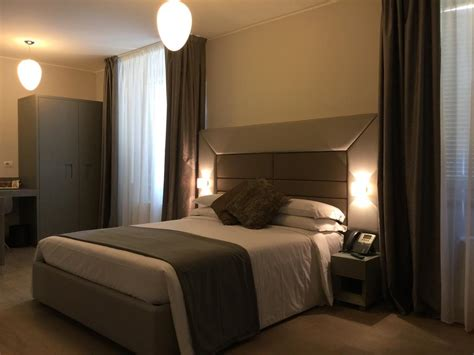 hotel cameri hotel clerici milan book your hotel with viamichelin