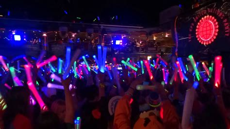 Glowsticks images glow stick party hd wallpaper and background photos 39566519